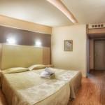 Tselikas_hotel_triklino_06
