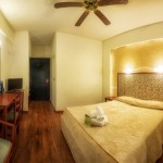 double_room_5_tselikas_hotel
