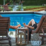 swiming_pool_and_surroundings_4_tselikas_hotel