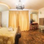 slice5_tselikas_hotel