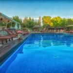 swiming_pool_and_surroundings_5_tselikas_hotel