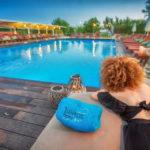 swiming_pool_and_surroundings_15_tselikas_hotel