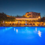 swiming_pool_and_surroundings_17_tselikas_hotel-2